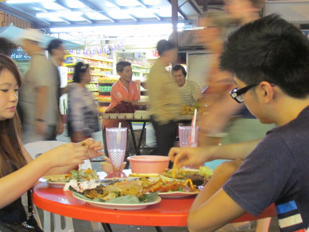 Delicious dining on the street at Jalan Alor.