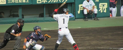 Hanshin Tigers player Takashi Toritani at bat.